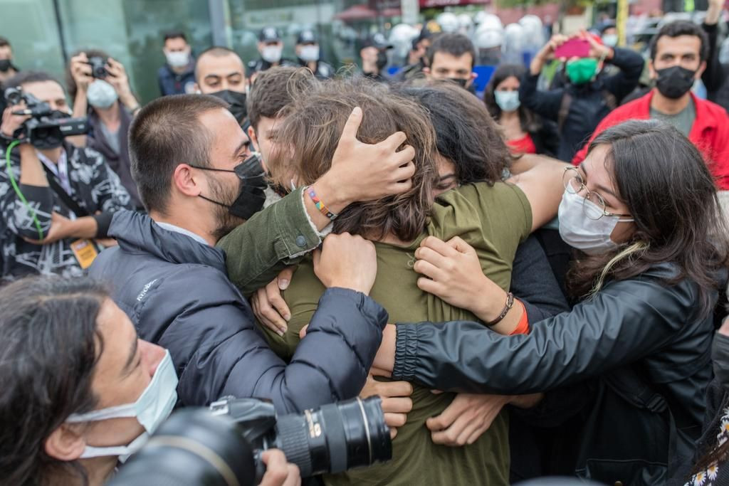 Boğaziçi students gather at courthouse: You can't try the rainbow! - Page 4