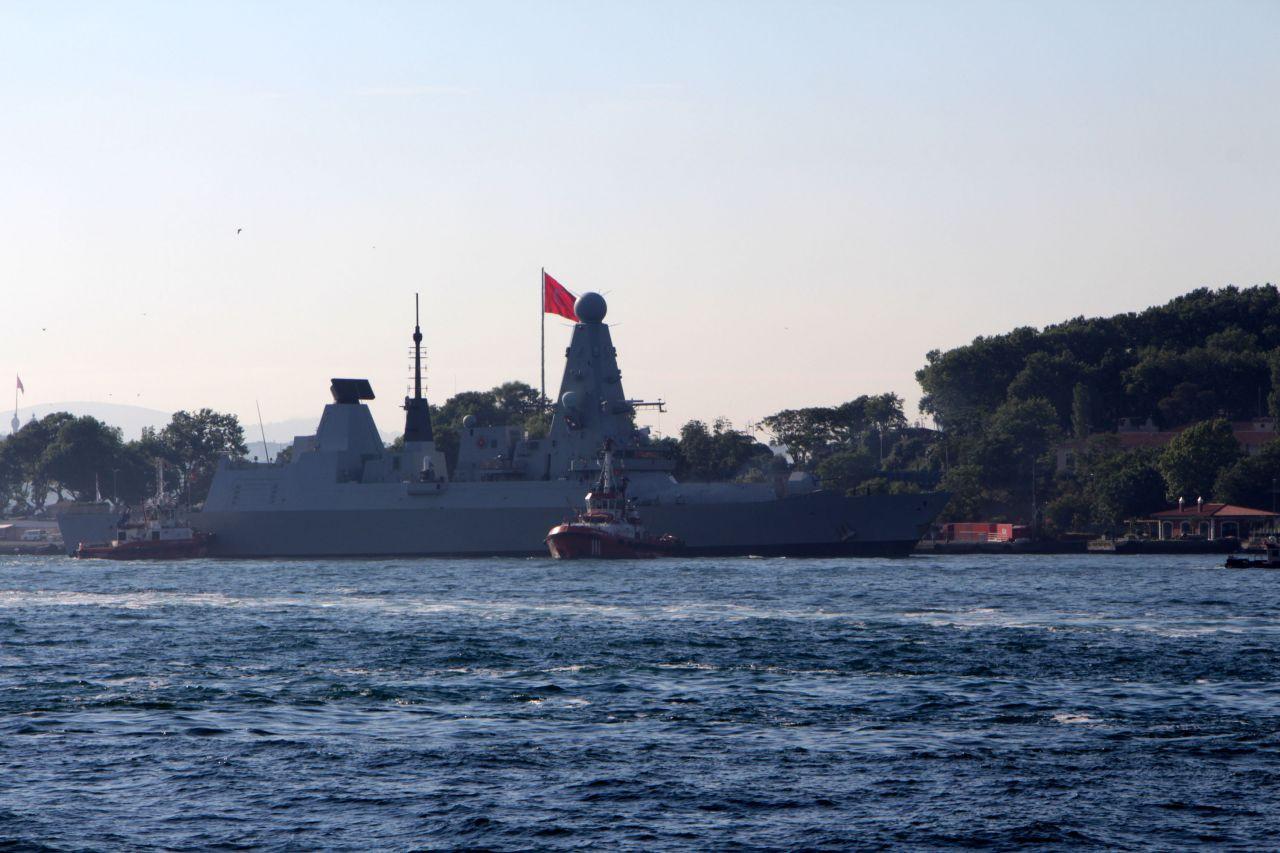 British warship docks at Istanbul - Page 1