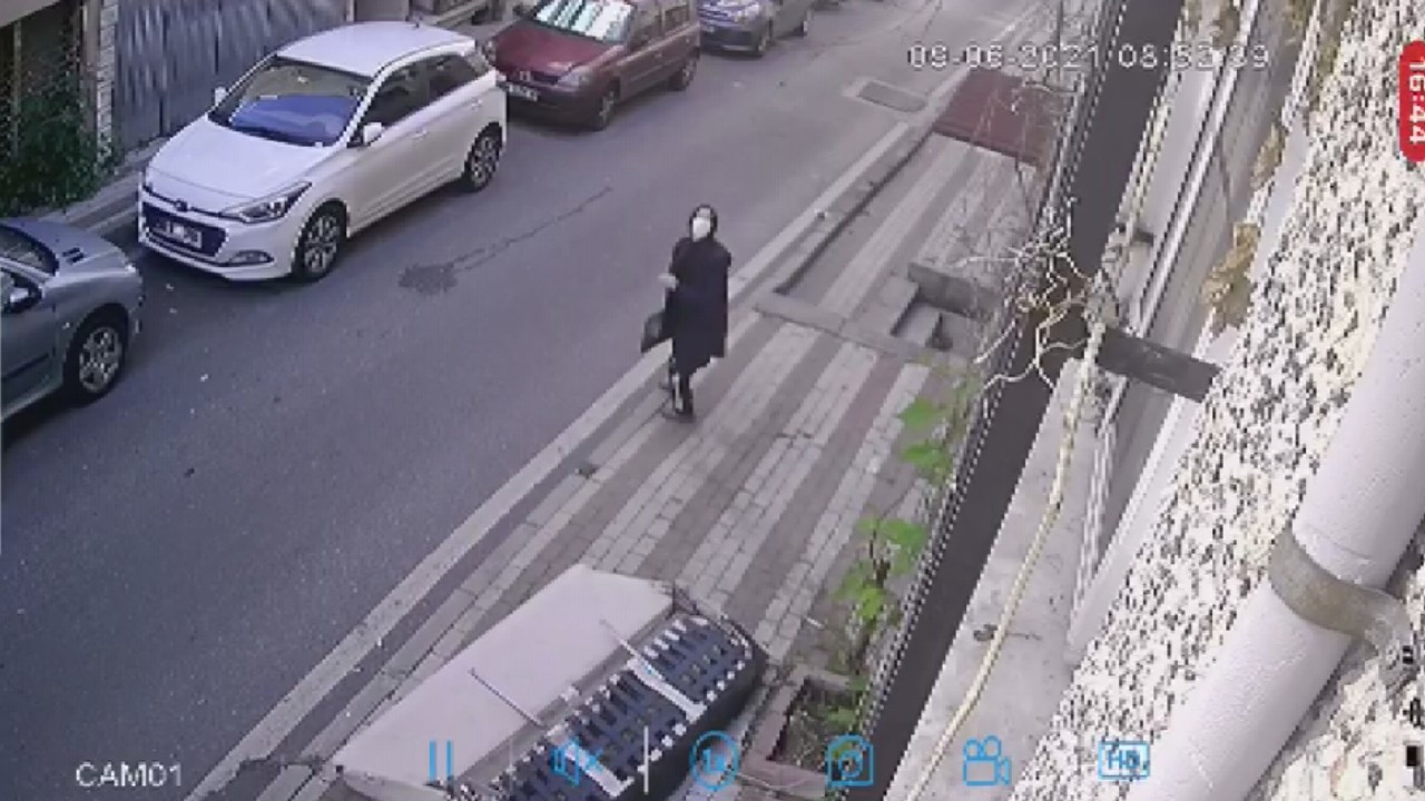 Turkish man almost kills neighbor by dropping sofa out from window