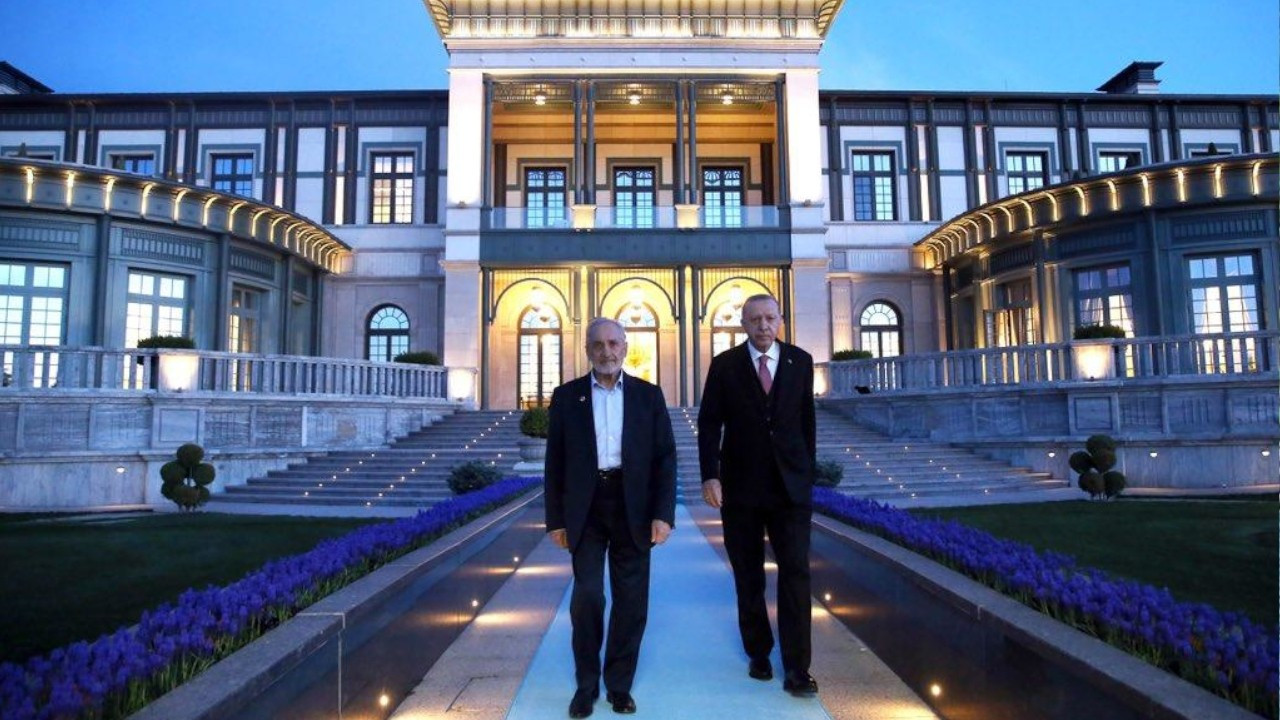 Top Felicity Party official launches bid to oust chair Karamollaoğlu