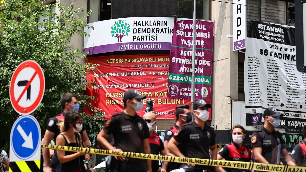 Turkey's opposition parties condemn attack on HDP office