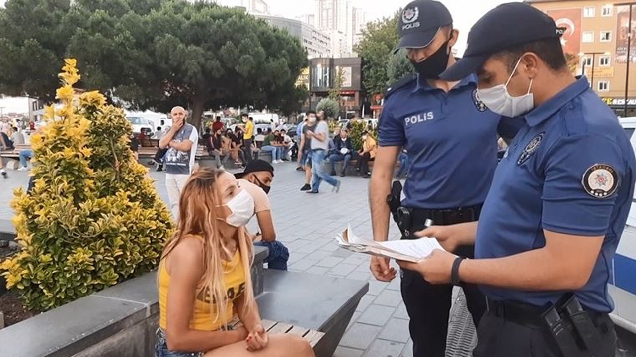 Turkish police fined public, businesses 21 bln liras during pandemic