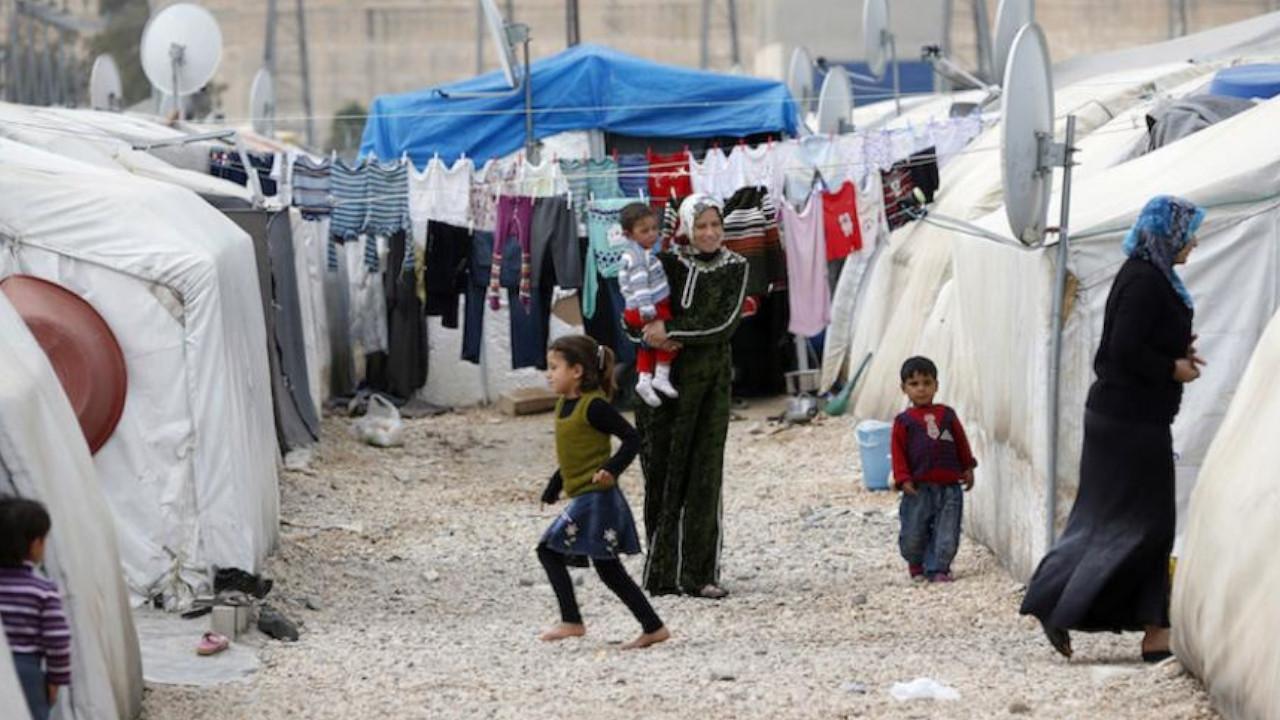 EU considers $4.18 billion migrant funding for Turkey