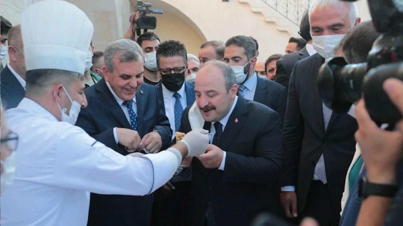Turkish ministers announce 11 new sites near Göbeklitepe - with kebab feast - Page 2