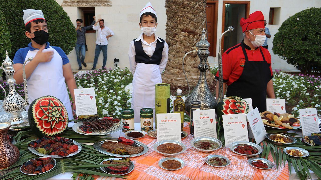 Turkish ministers announce 11 new sites near Göbeklitepe - with kebab feast - Page 4