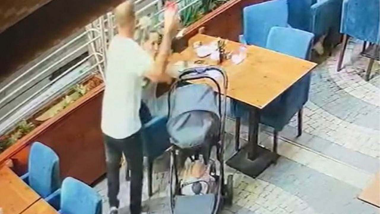 Customers in cafe rescue woman from attacker in Turkey's west