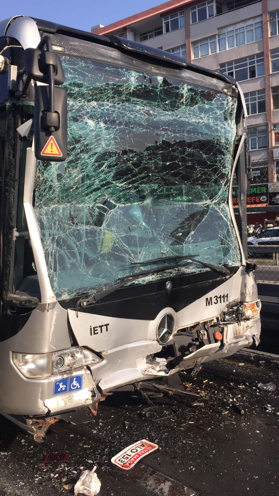 25 injured in metrobus collision in Istanbul during rush hour - Page 2