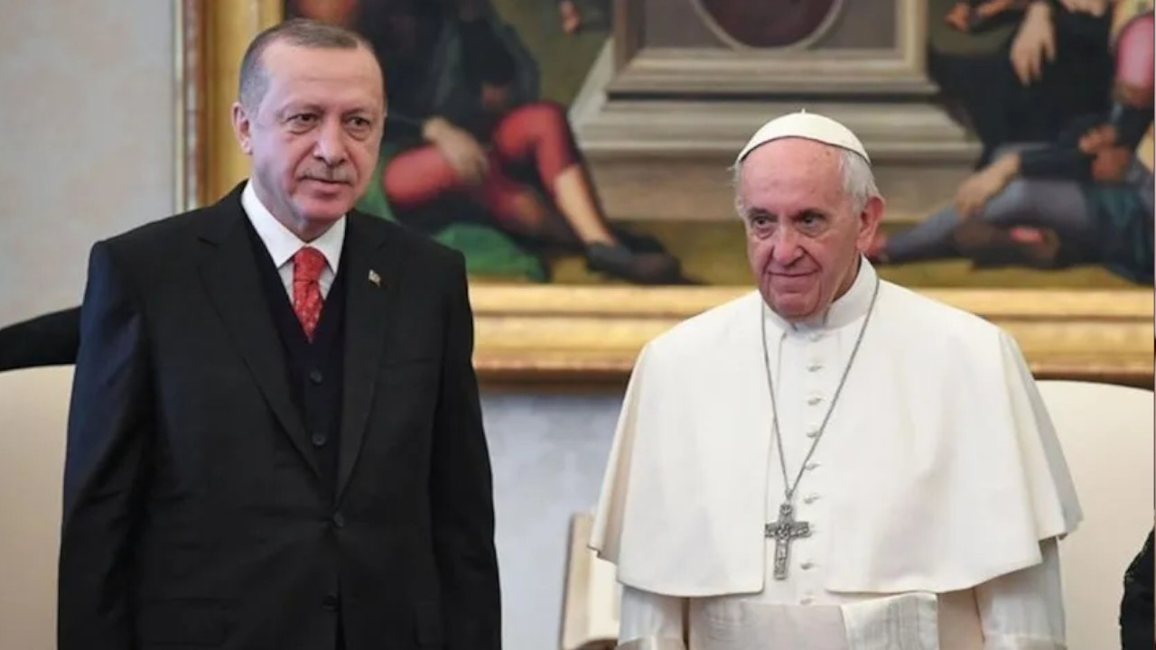Erdoğan wishes speedy recovery to Pope Francis after surgery