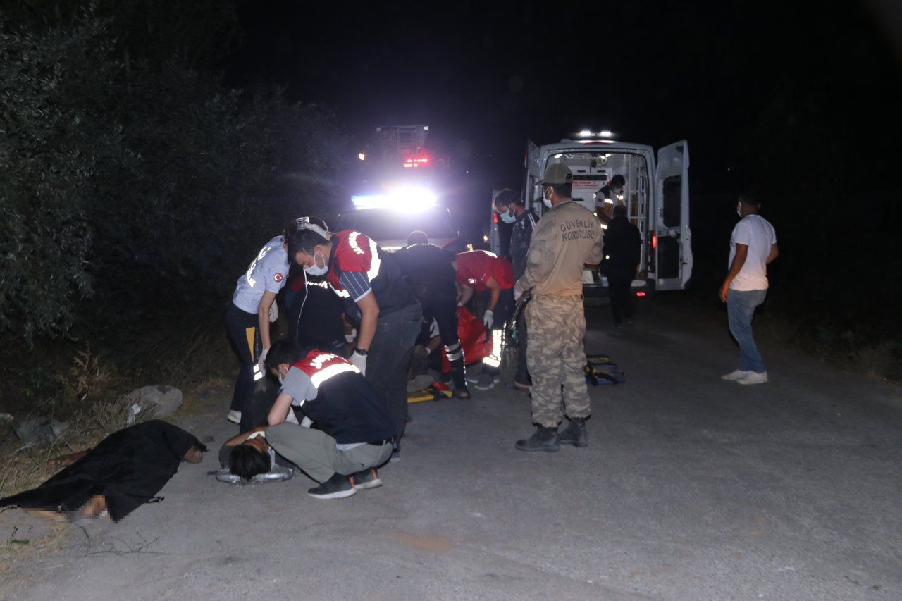 Bus carrying refugees crashes in Turkey's Van, at least 12 killed - Page 3