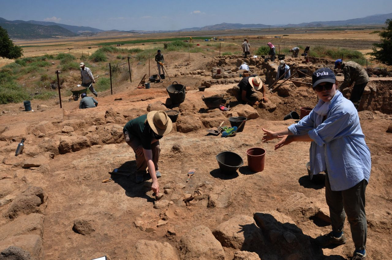Ancient artifacts discovered in southeast Turkey excavation - Page 1