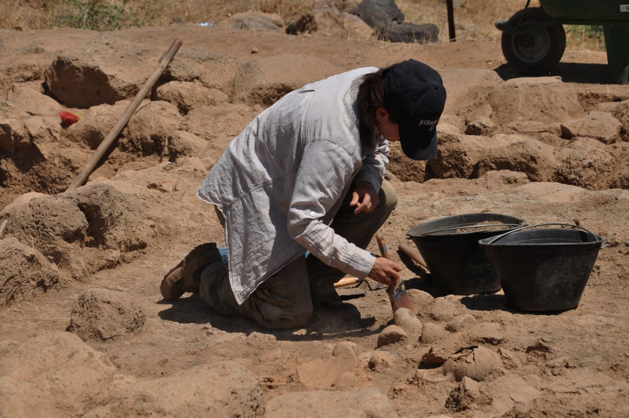 Ancient artifacts discovered in southeast Turkey excavation - Page 4