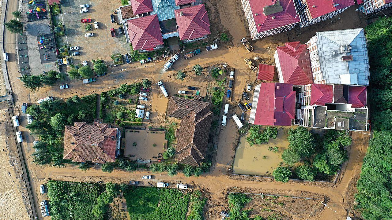 Flooding, landslides kill seven in Turkey's Rize - Page 3