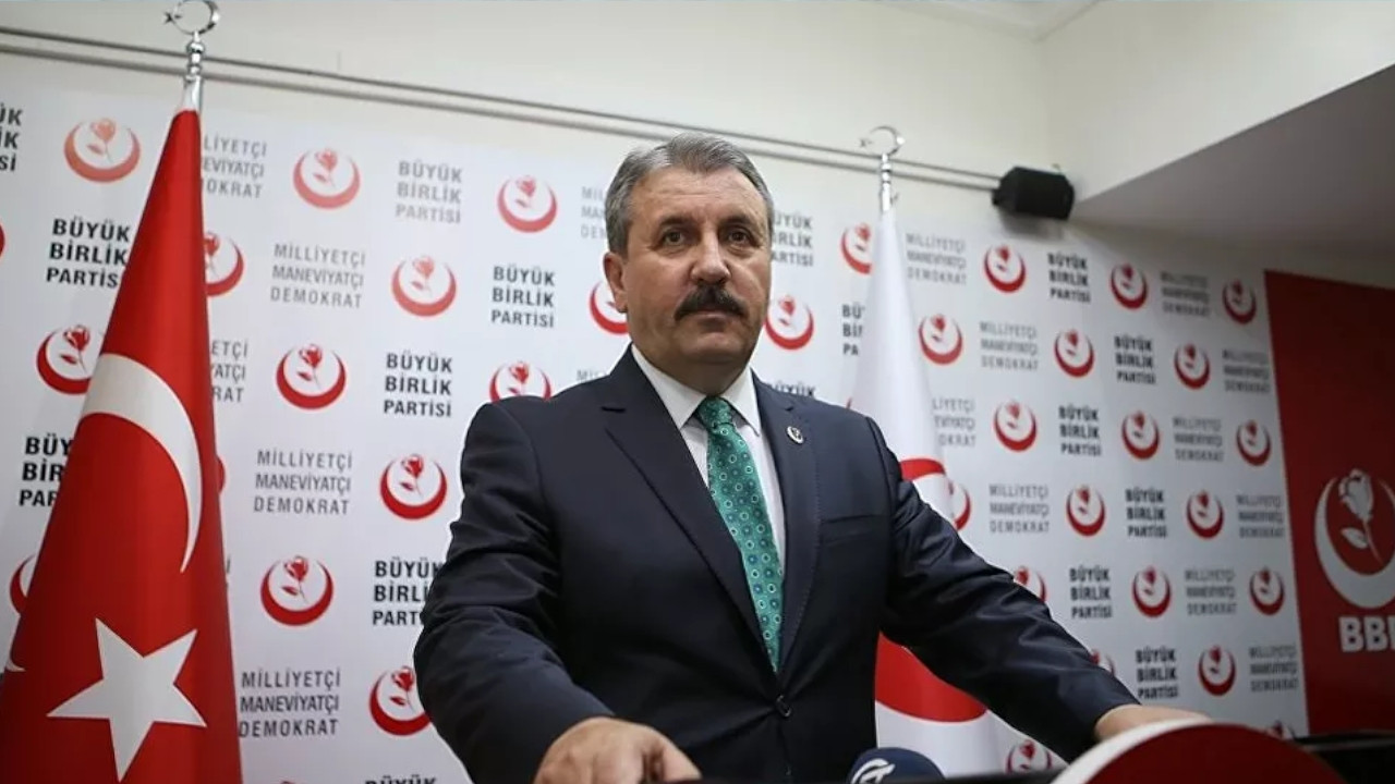 Turkish far-right leader calls for removal of 'Greek,' 'Armenian' references from churches