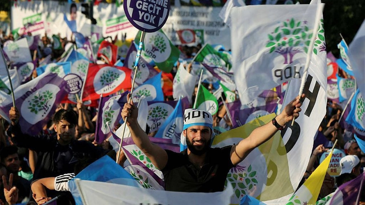 HDP weighs alternatives for elections in case court shuts it down