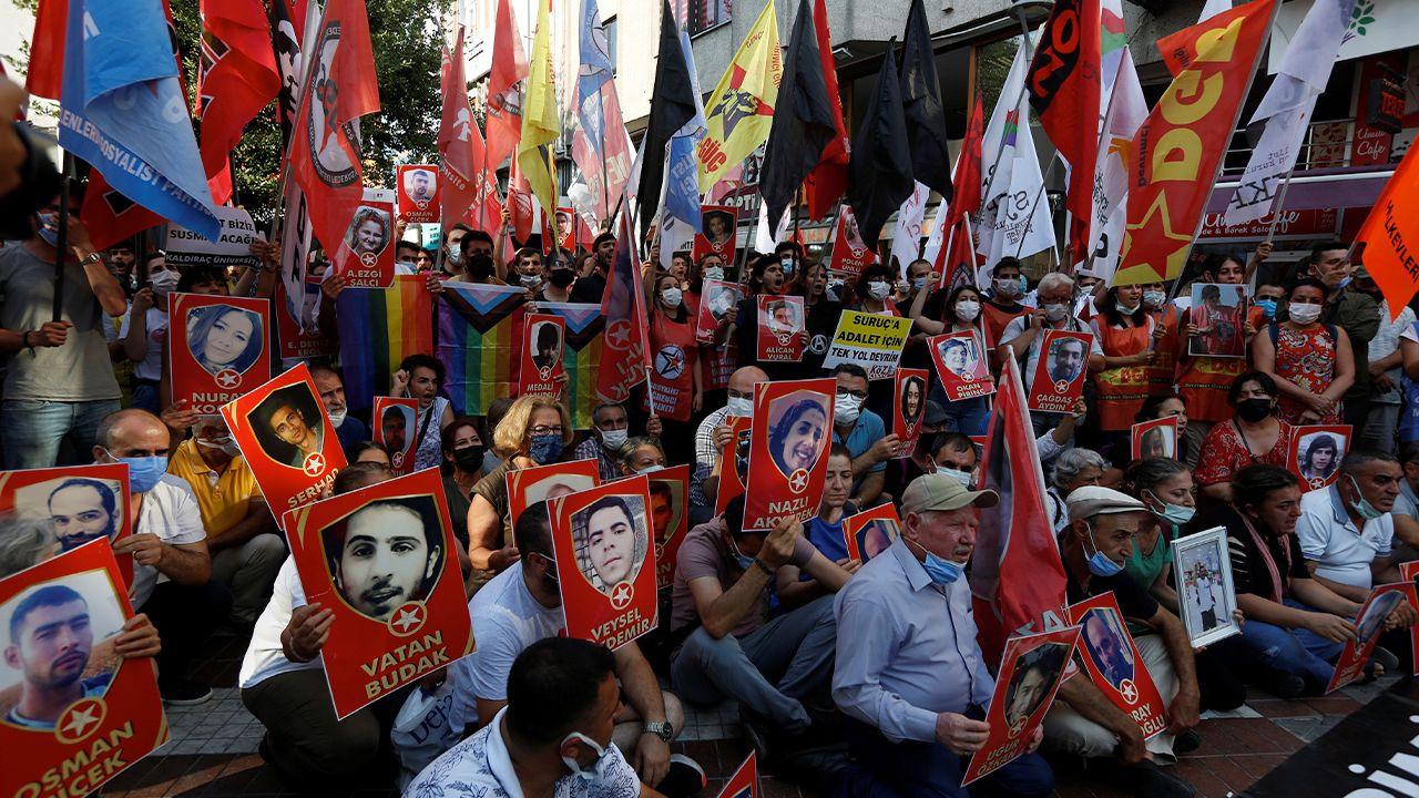 Turkish police brutalize Suruç massacre commemorators, detain 60 protesters - Page 3