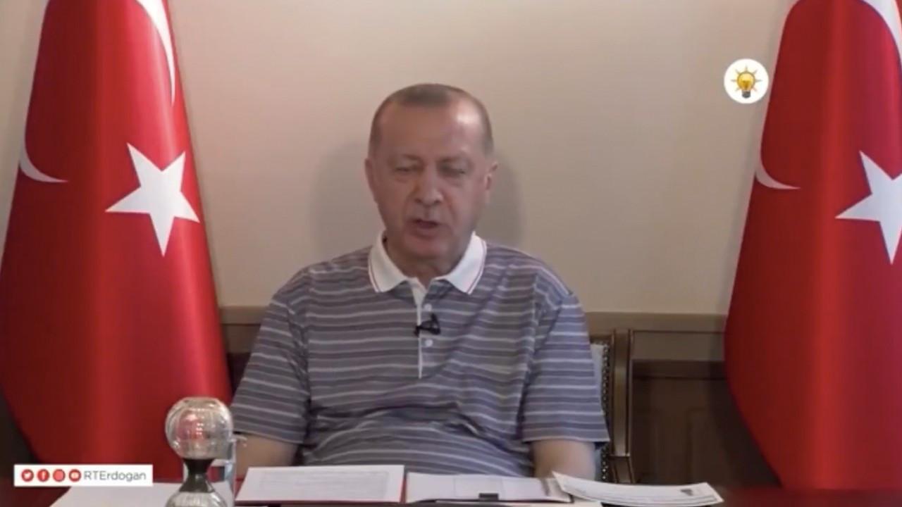 Erdoğan falls asleep momentarily during Eid greeting, video goes viral
