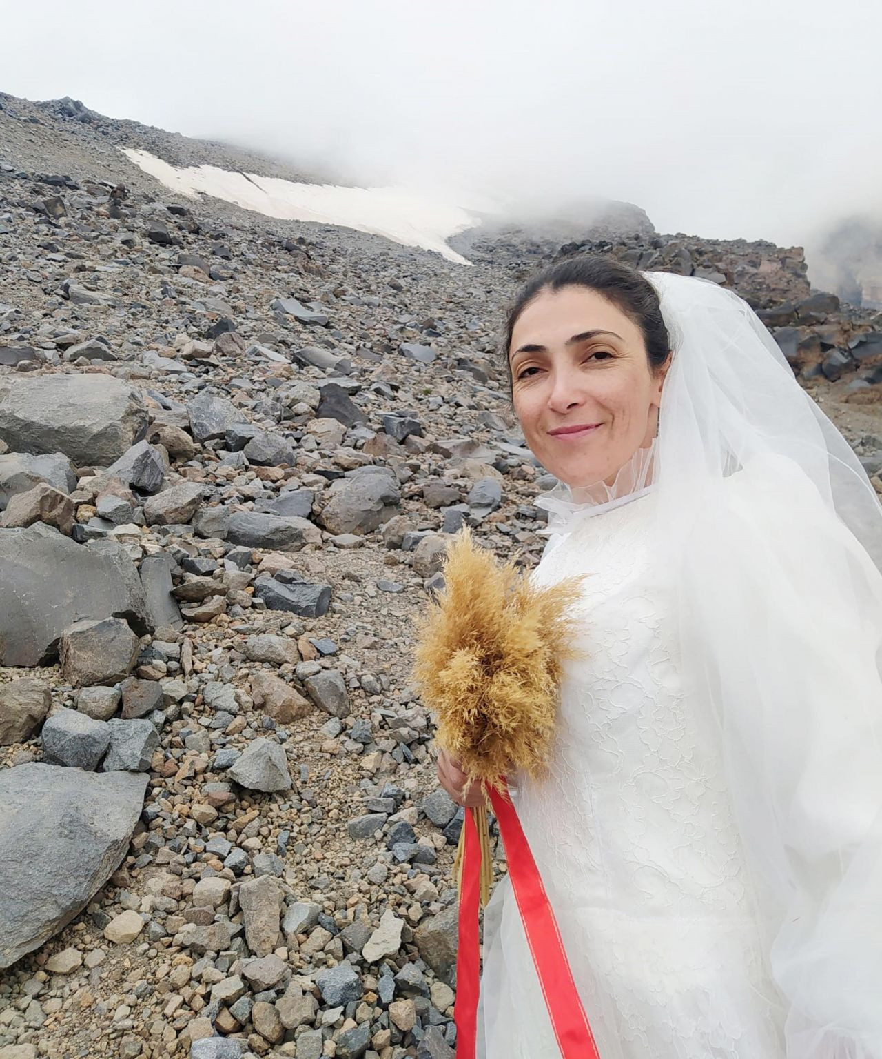 Turkish climber 'marries' Mount Ararat to protest violence against women - Page 2