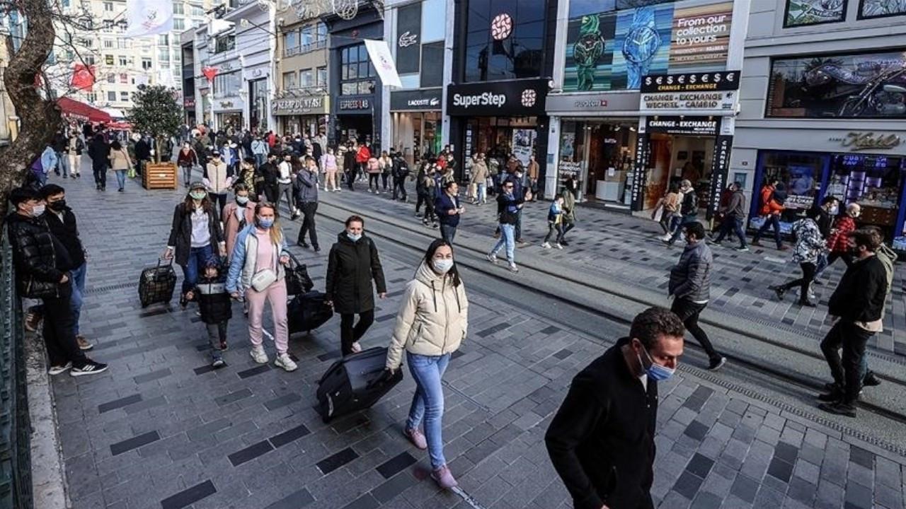 Turkey's daily COVID-19 cases near 20,000 amid concerns of fourth wave