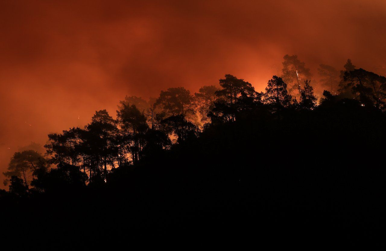 Turkey trying to battle fires for sixth day, as EU sends planes - Page 1