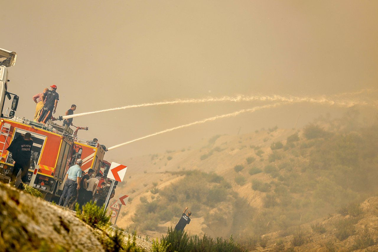 Turkey trying to battle fires for sixth day, as EU sends planes - Page 3