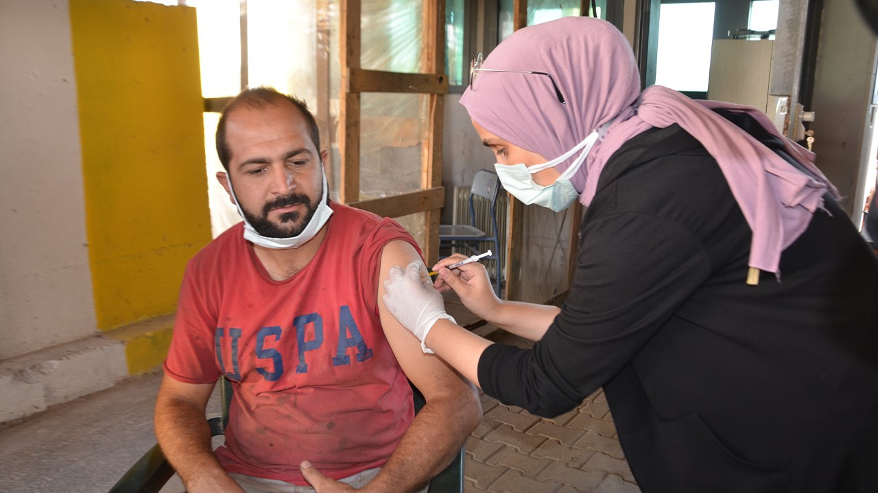 Turkish Health Ministry assigns booster shots to Sinovac recipients for traveling