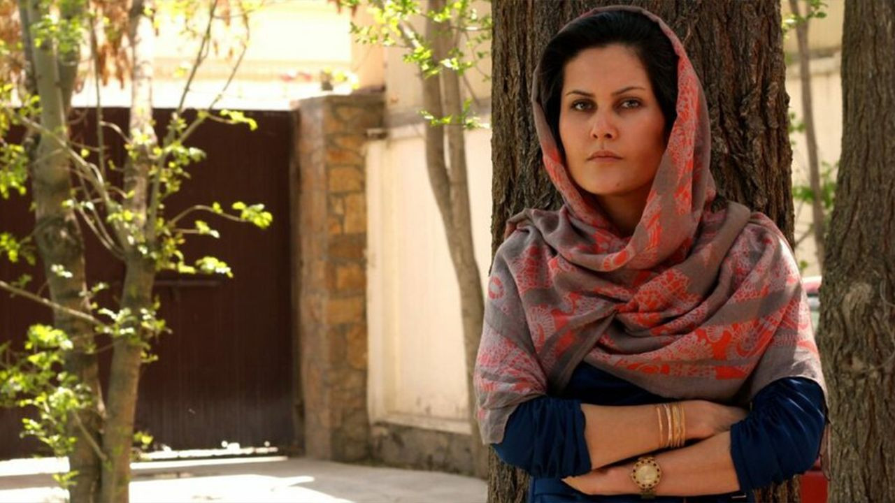 Afghan film director thanks Turkish embassy for helping her flee Kabul - Page 1