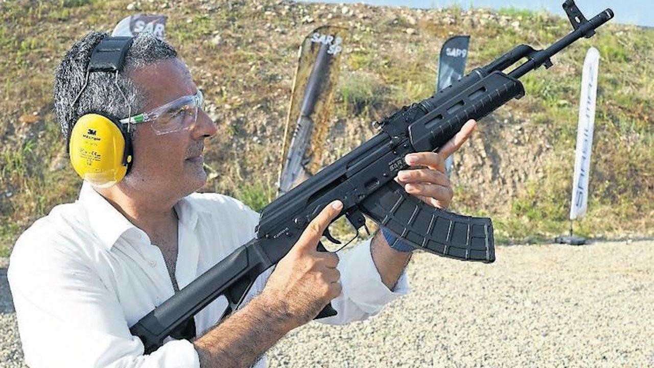 Turkish pro-gov't journalist advertises gun company, poses with rifle