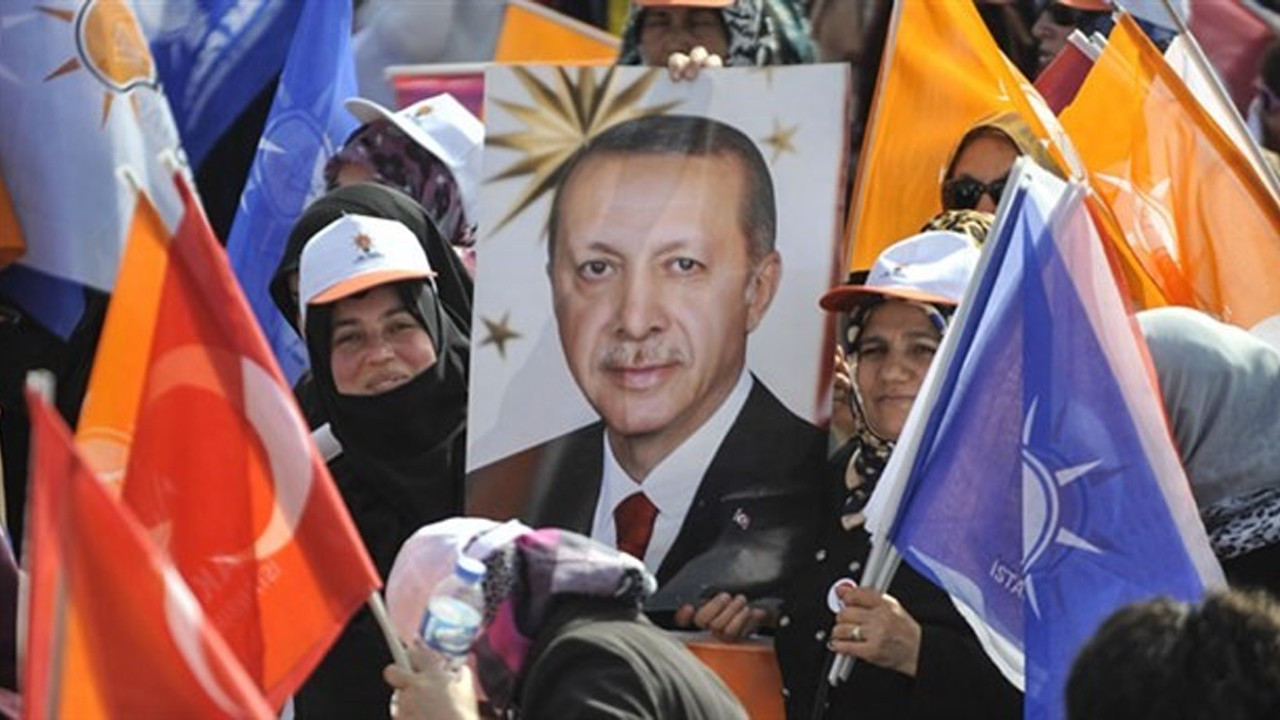 30 percent of undecided, non-voters are from ruling AKP base