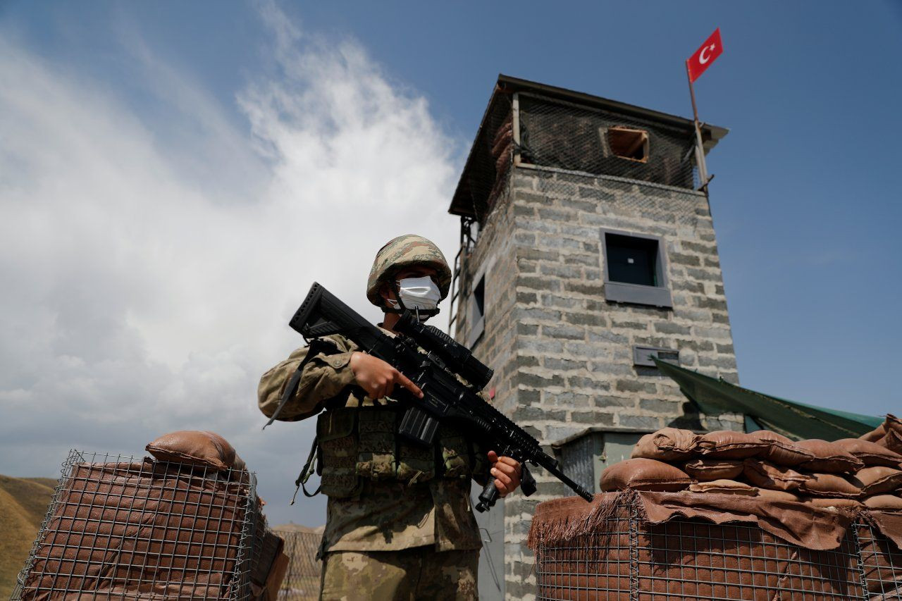 Turkey reinforces Iran border to block any Afghan migrant wave - Page 1