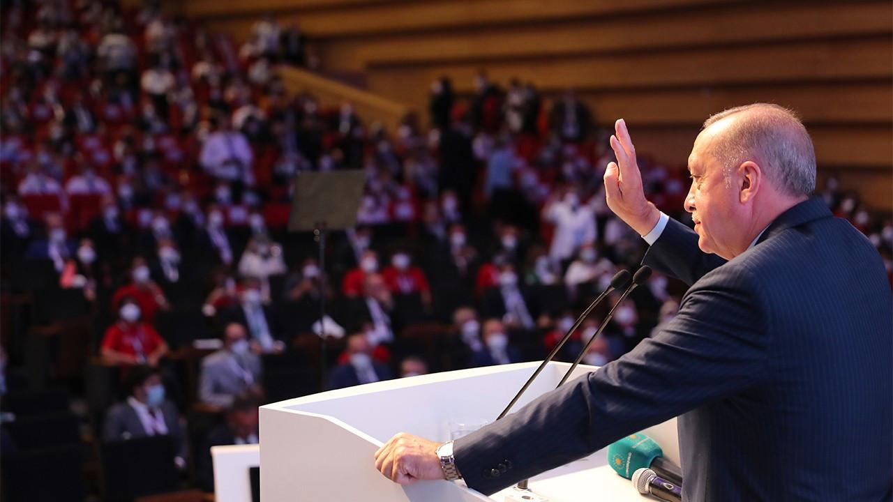 Erdoğan twists five financial facts in single speech