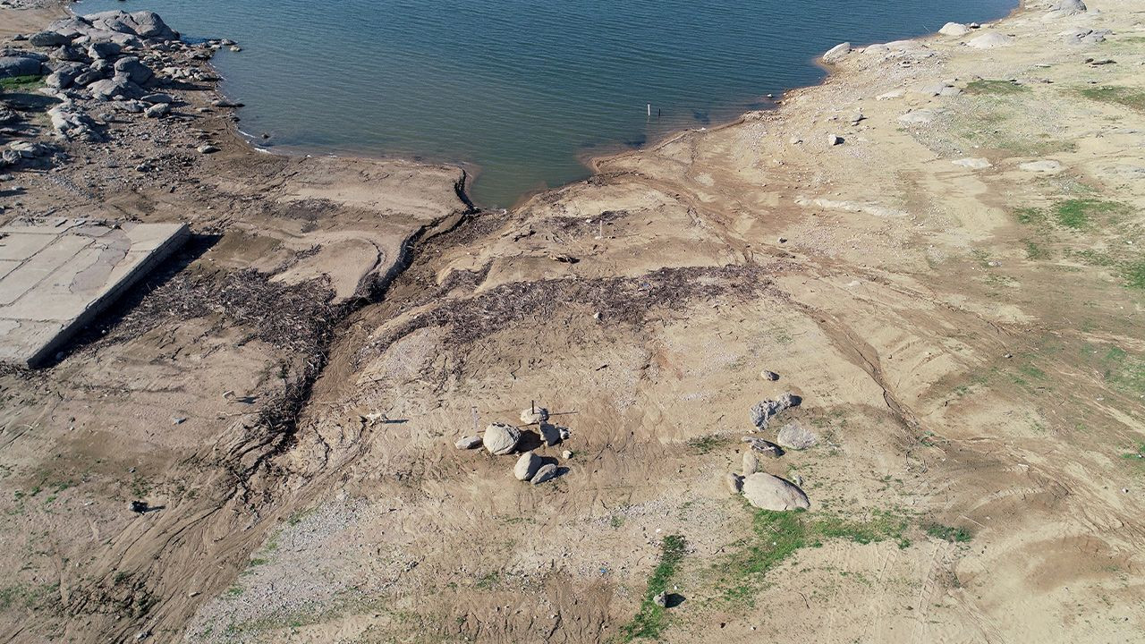 60 percent of Turkey's lakes dried up as a result of severe drought - Page 3