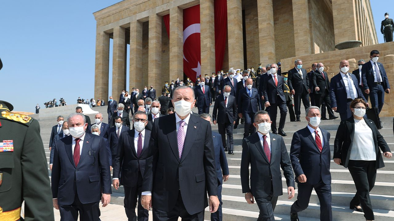 Turkey marks 99th anniversary of Victory Day - Page 1