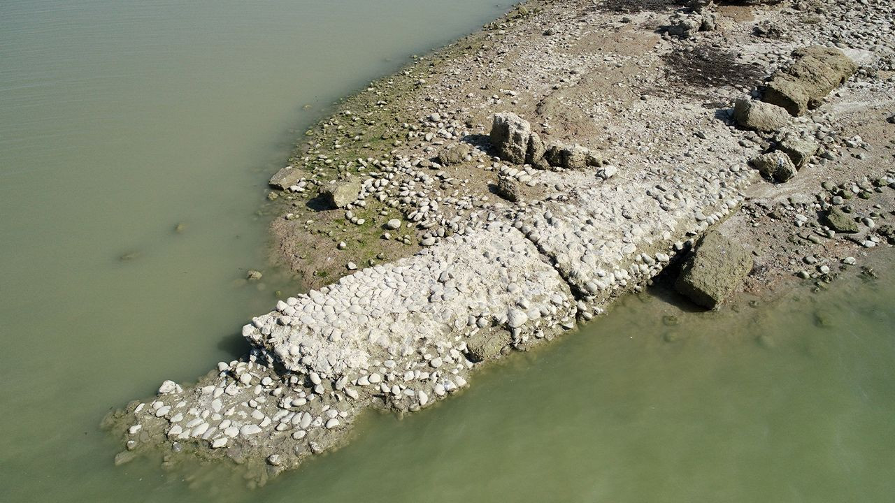 Ancient city comes to surface as dam water level drops in southern Turkey - Page 2