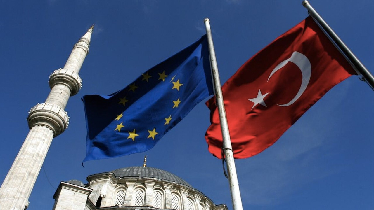 EU inks 14.2 bln euro package for accession countries including Turkey