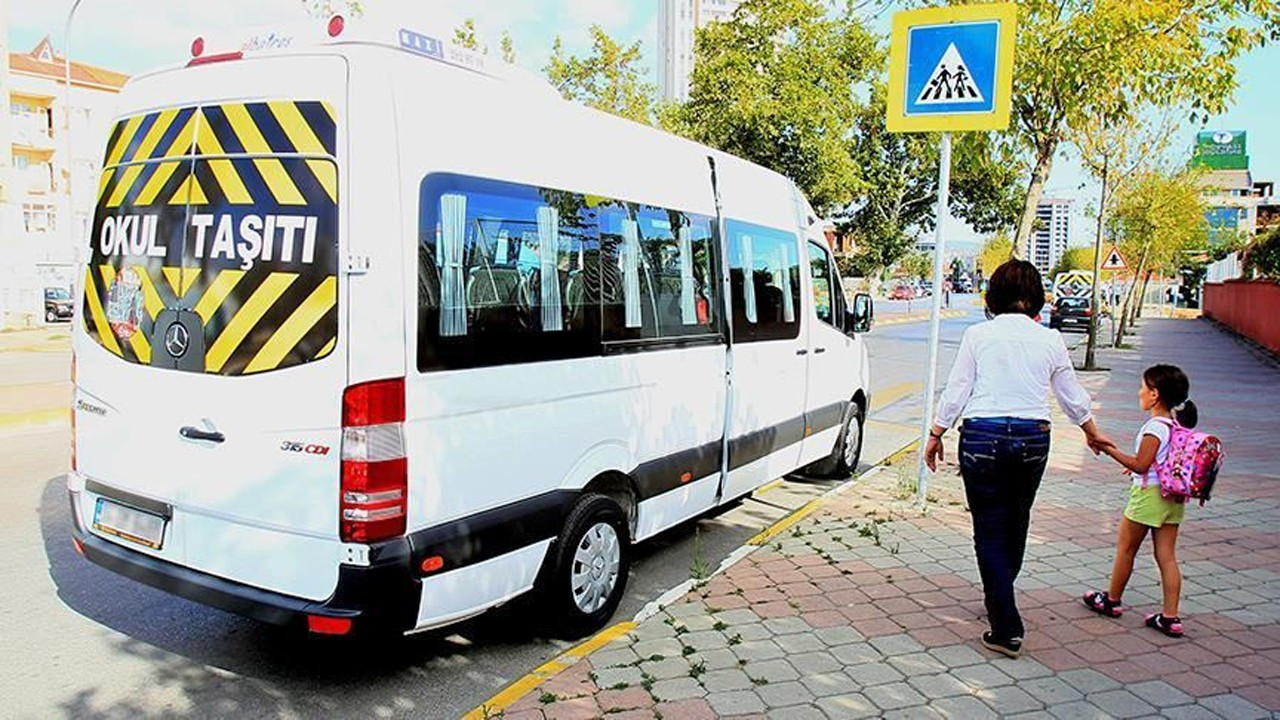 10,000 Istanbul drivers refuse to drive school buses for fear of closure