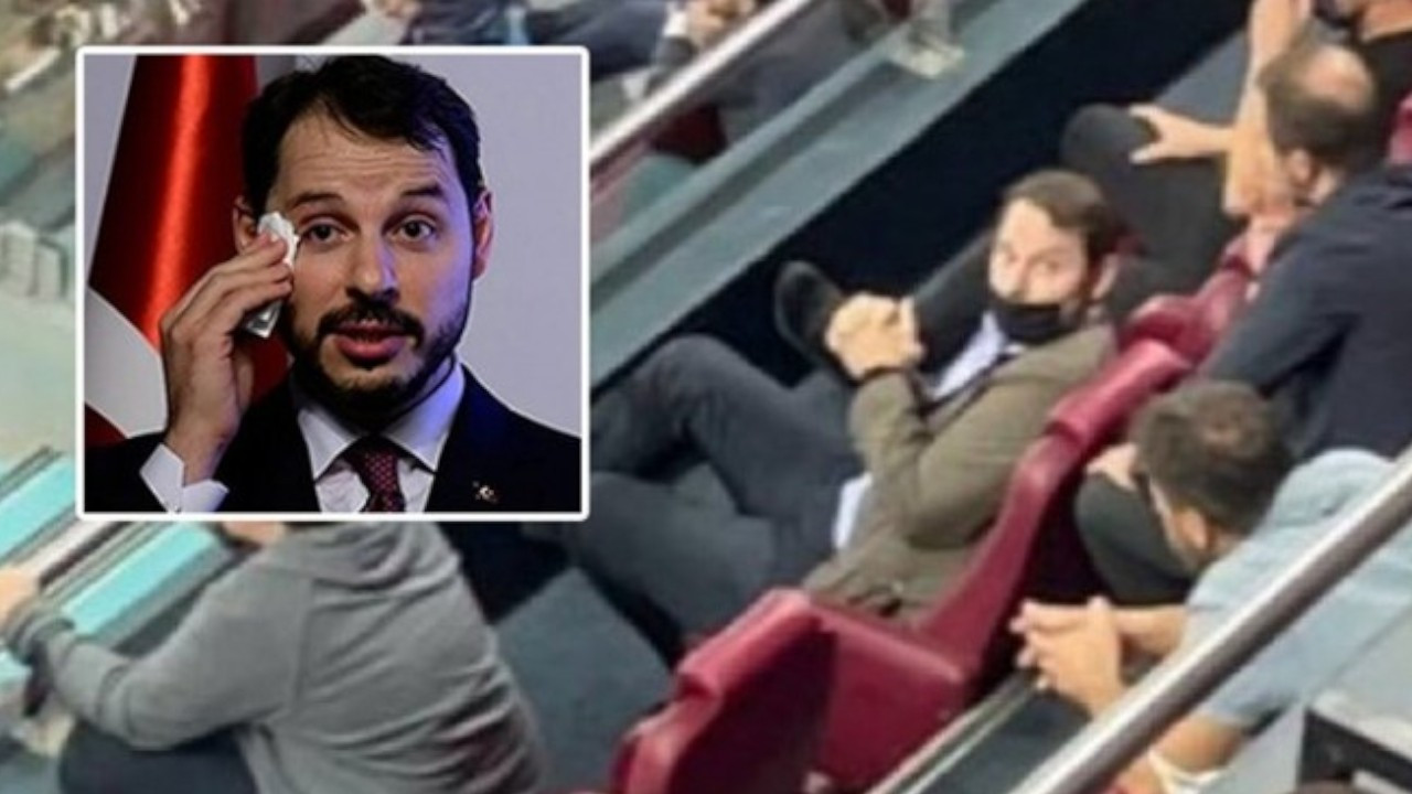 Former minister Albayrak spotted watching football derby in hometown