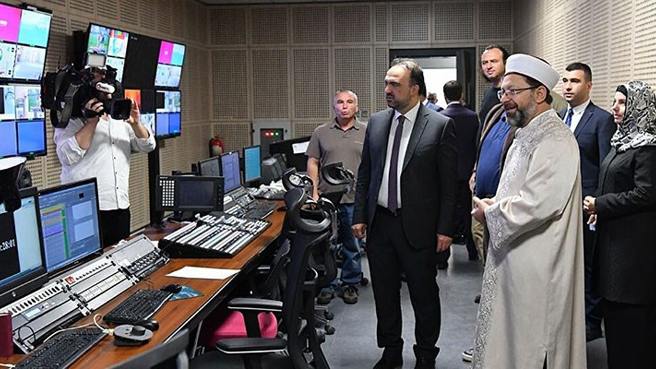 Turkey's top religious body to hire media crew of 30 people