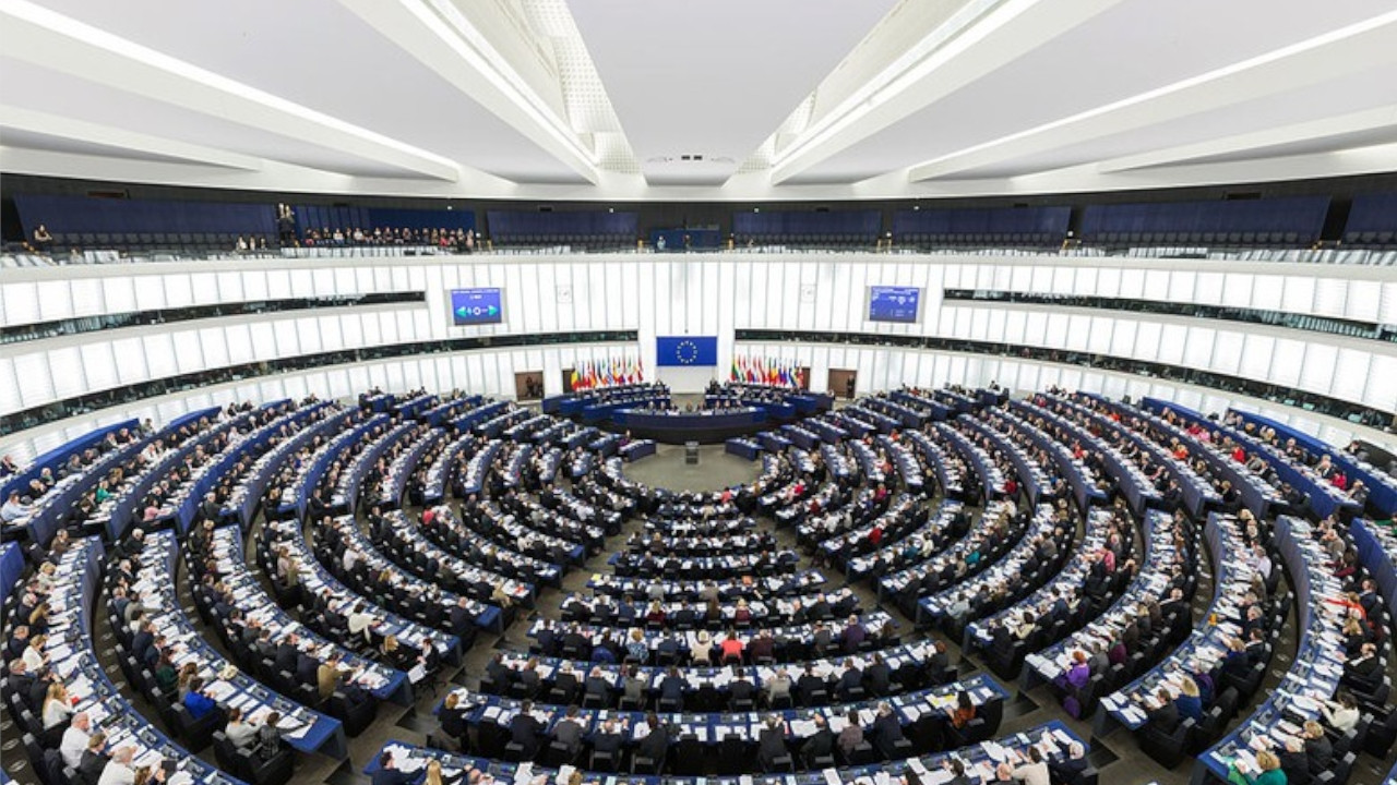 EU adopts 14 bln euro funding for accession countries including Turkey