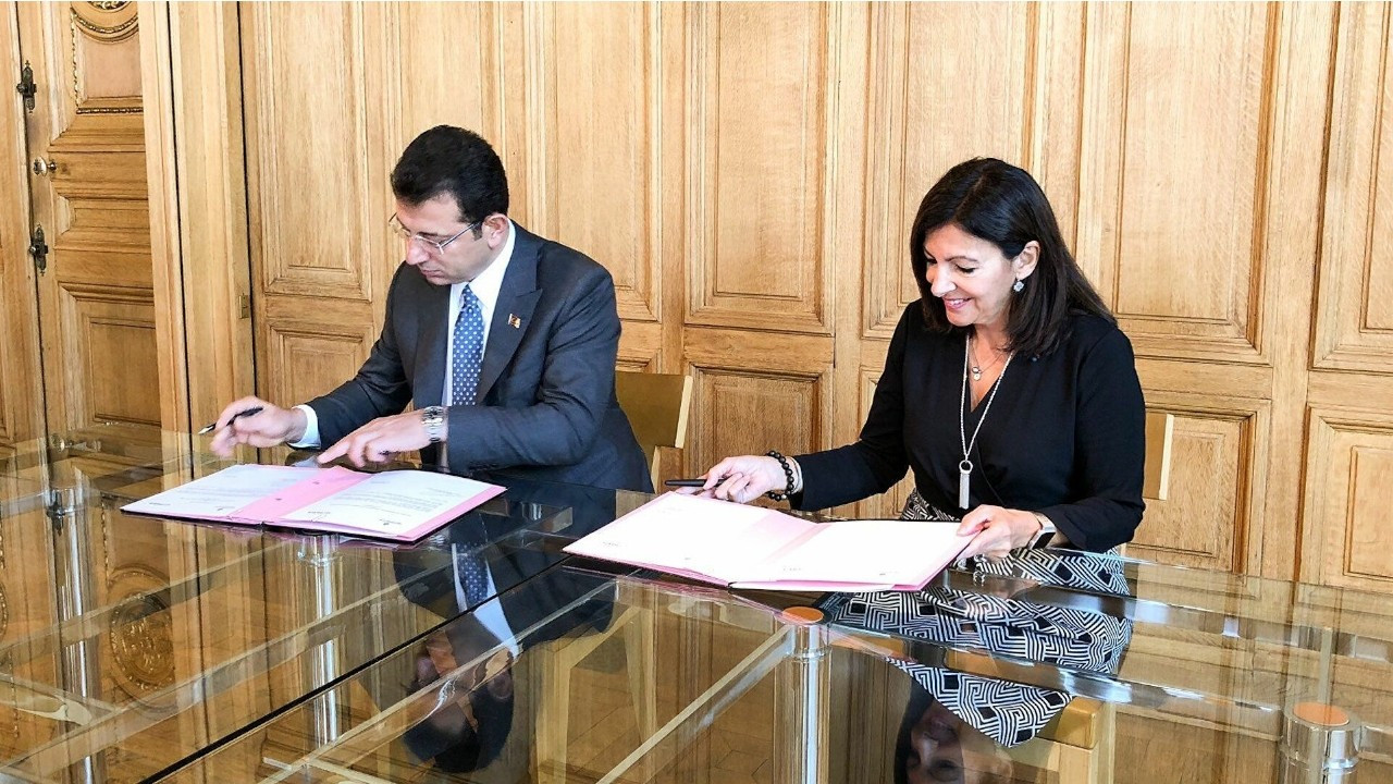 İmamoğlu supports Paris mayor in French presidential race