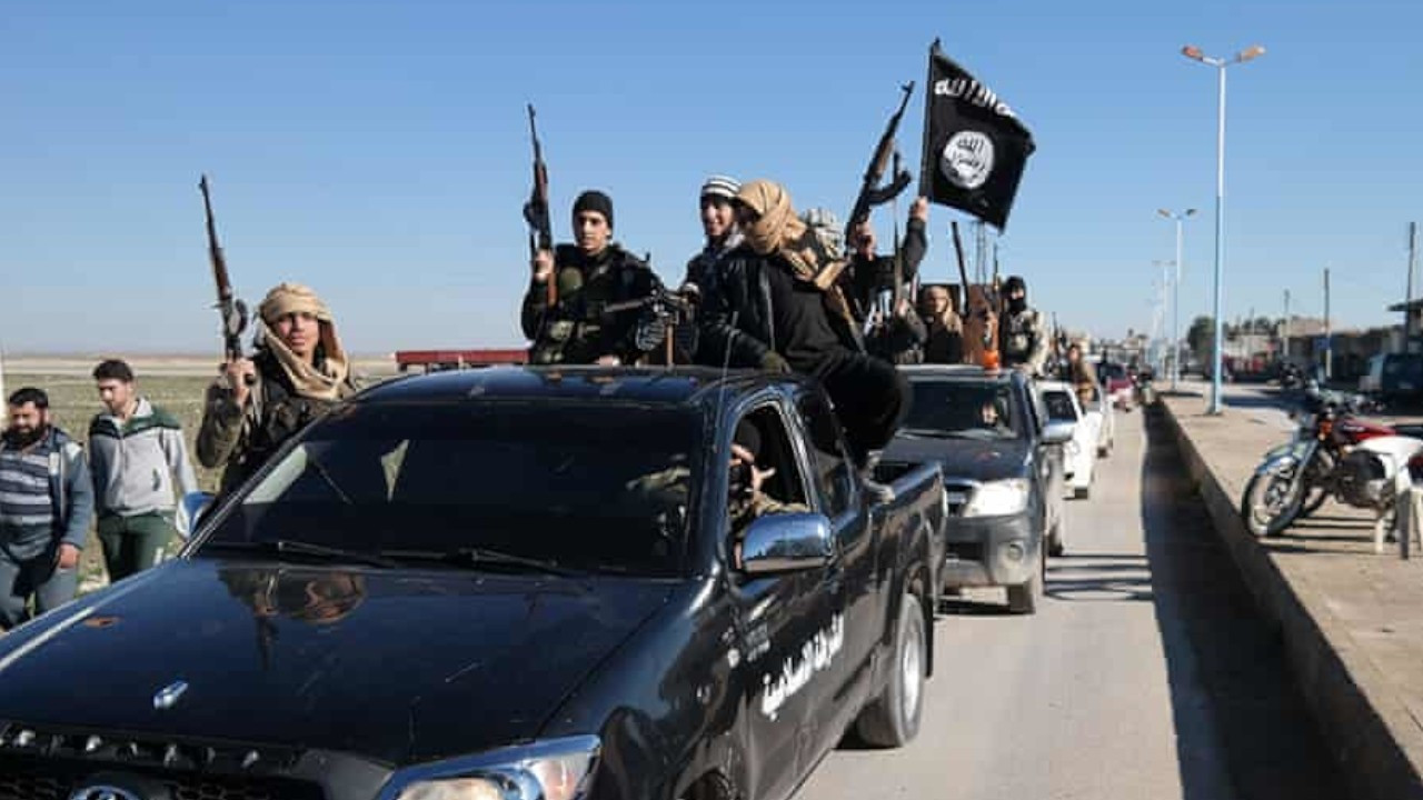 Journalist reveals testimonies of ISIS judge's wife, secret witness behind his re-arrest