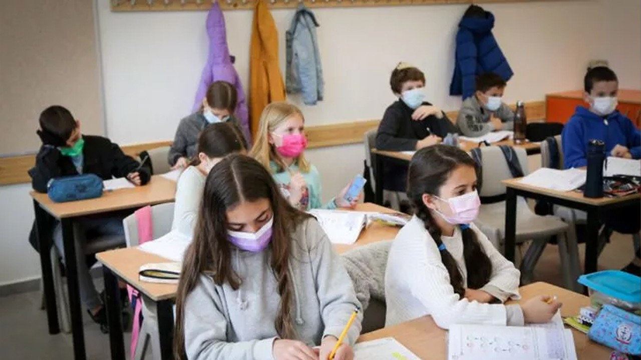 Schools will never close amid high COVID-19 numbers: Health Minister