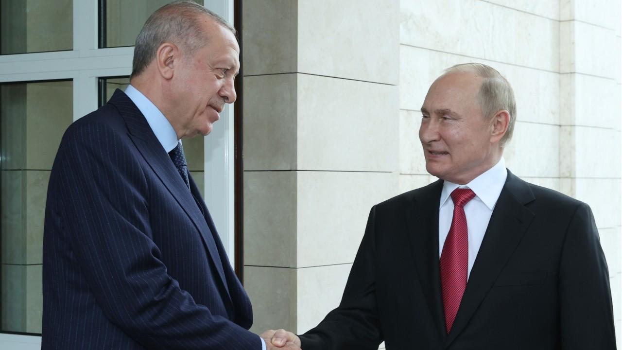 Sochi meeting ends with Putin's advice to Erdoğan to get Sputnik V as booster shot