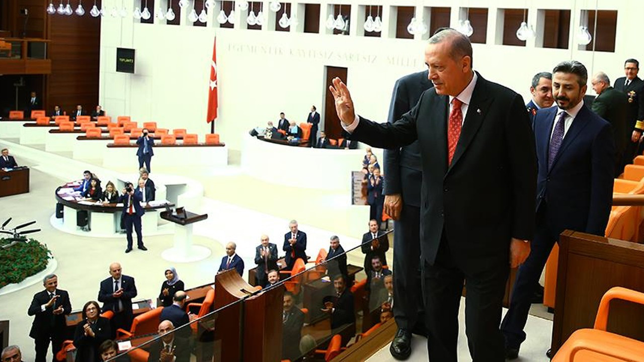 Return to parliamentary system ruled out in AKP's draft constitution