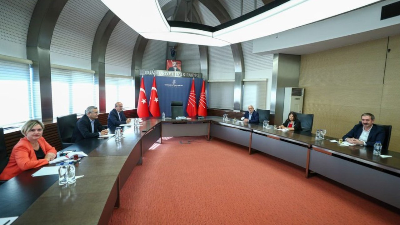 HDP begins visiting opposition parties to discuss election declaration