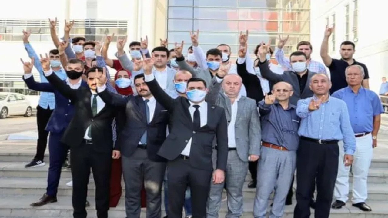 Turkish far-right group calls teachers 'supporters of terrorism' after accused of raiding school