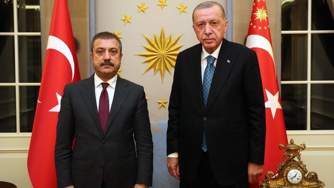 Erdoğan fires three Central Bank policymakers in midnight decree