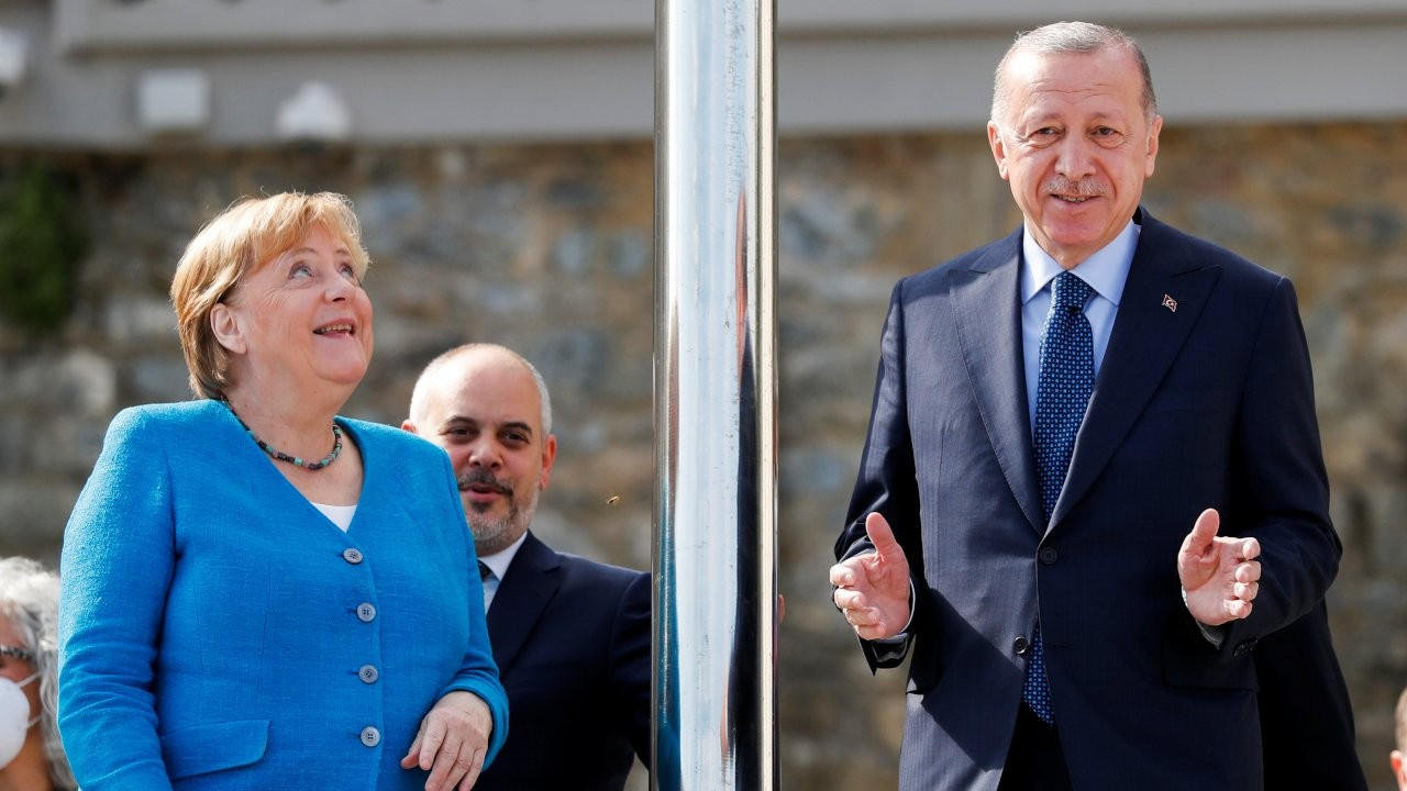 Merkel hopes Germany continues to work with Turkey