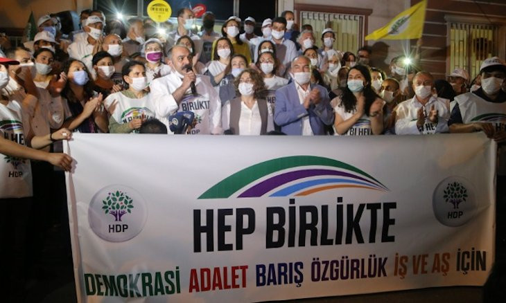 Turkish gov't seeks to strip two HDP MPs of parliamentary immunity for attending 'Democracy March'