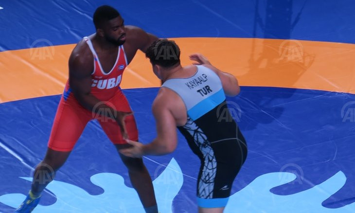 Turkey's Rıza Kayaalp wins 4th world championship in wrestling