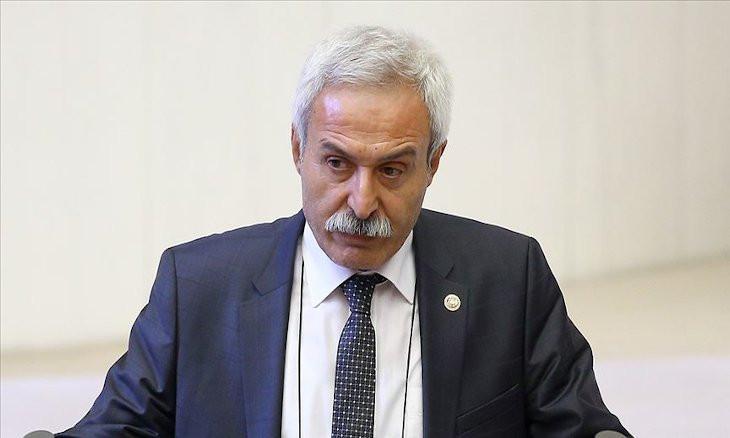 Police detain sacked pro-Kurdish party co-mayor in Turkey's southeast